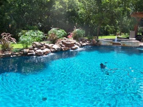 pool_water_feature